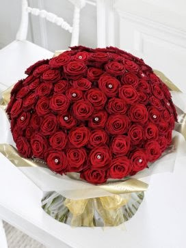 Ultimate 100 Rose Hand-tied valentines gifts