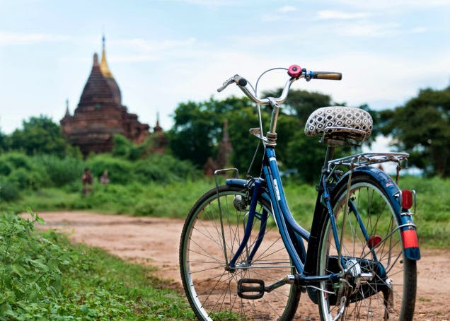 You+can+easily+visit+the+temples+and+pagodas+of+Bagan,+Myanmar,+by+bike.+-+18+Amazing+Places+You+Should+Ride+Your+Bike+Before+You+Die.jpg
