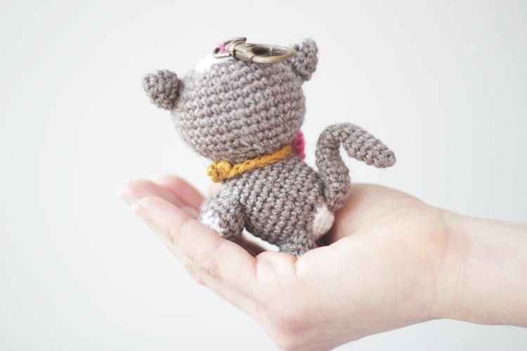 Crochet Patterns Kittens : Amigurumi kitten PDF crochet pattern The Sun and the ...