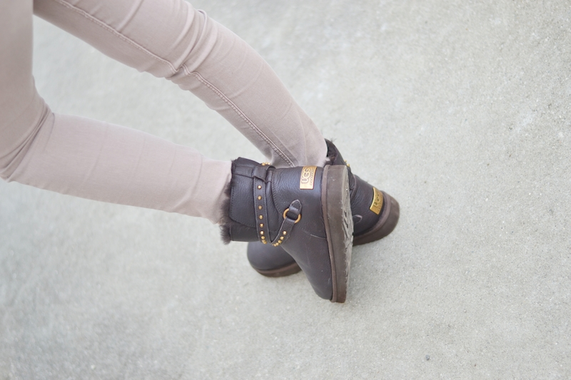 Ugg_Boots_Emersen_Outfit