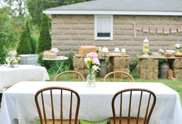 jardin con mesas cumpleaños-fiesta cumpleaños country vintage