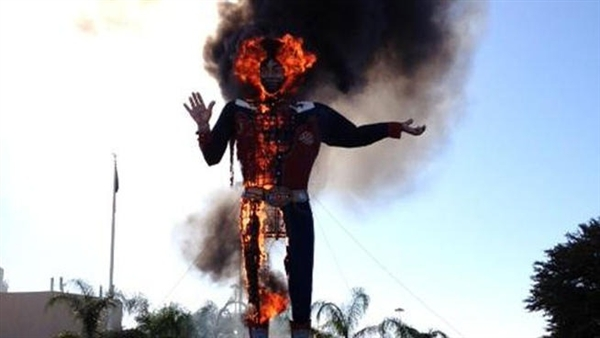 'Big Tex' burns at Texas State Fair