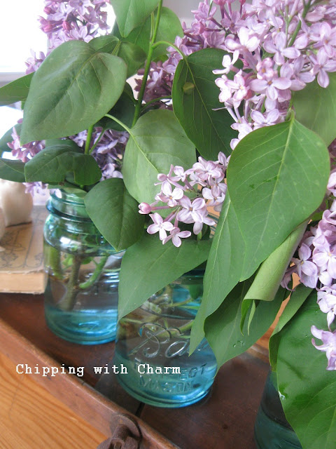 Chipping with Charm:  Spring Lilac Centerpiece...http://chippingwithcharm.blogspot.com/