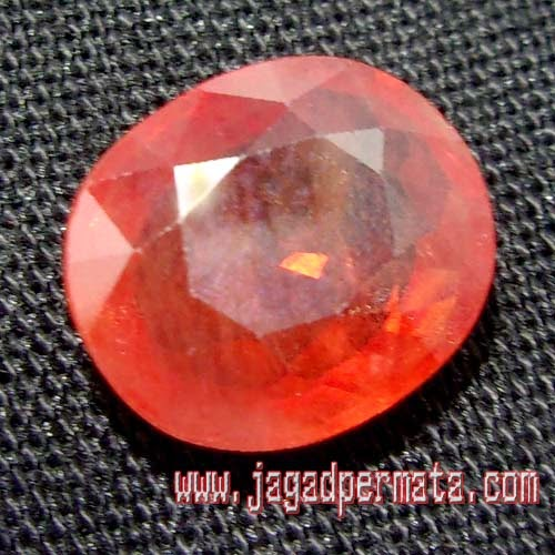 Batu Permata Safir Paparaca