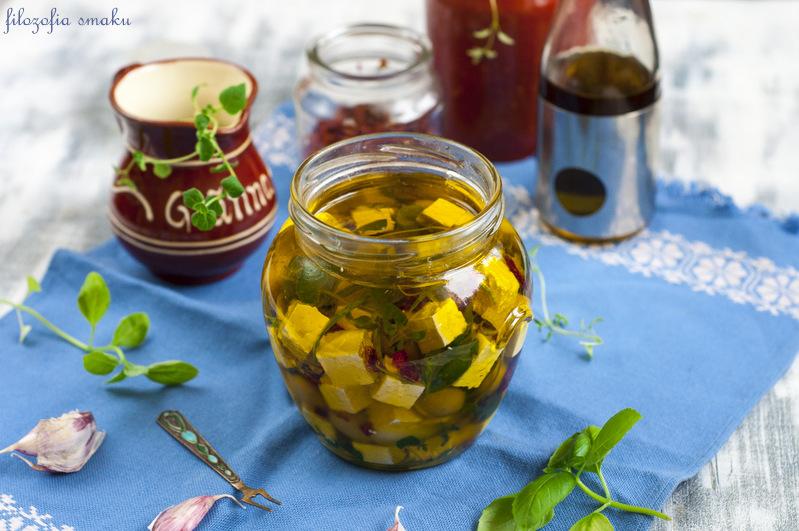 Feta marynowana w oliwie i ziołach