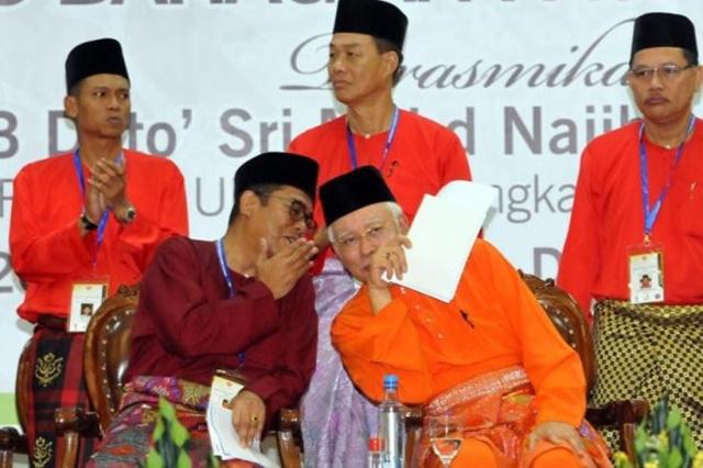 Panas! Menteri Besar Johor Digesa Letak Jawatan