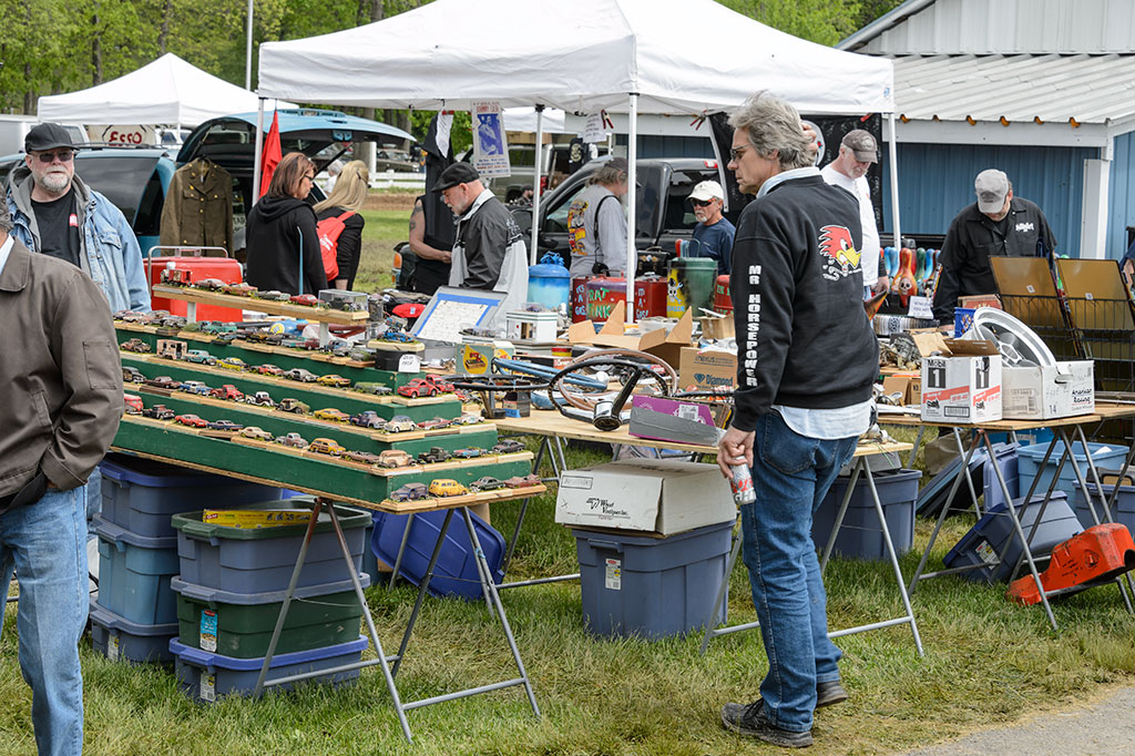 Vendors at the Jalopy Showdown