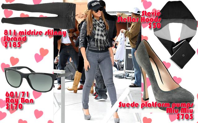 Beyonce, valentines day, what to get her, love, stevie, stellar hoods, hoodie, hooded scarf, hood scarf, hoodie scarf, Wynzie Chai