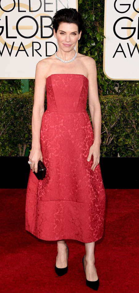 Julianna Margulies in a Ulyana Sergeenko dress at the Golden Globes 2015
