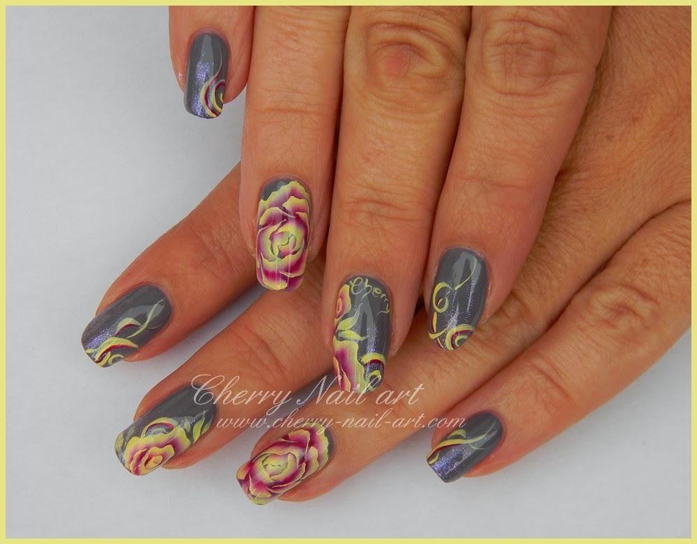 nail art fleur one stroke et arabesque