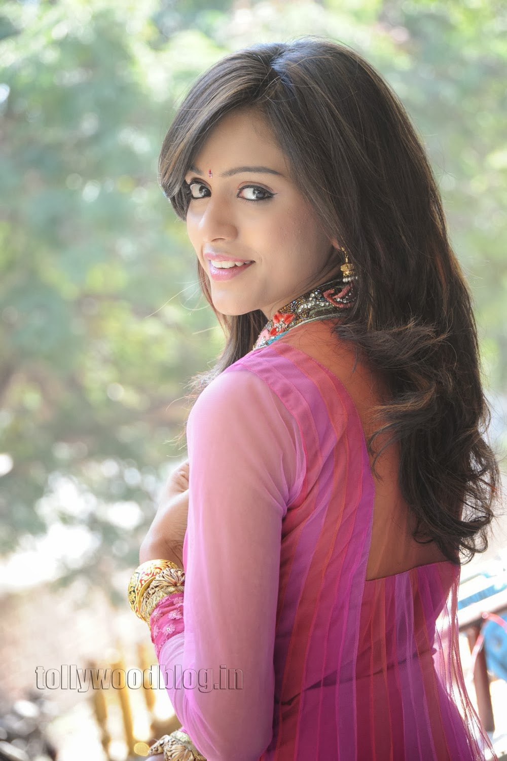 Vithika Sheru Latest Gorgeous Photos