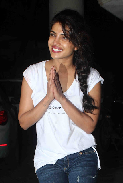 Priyanka Chopra Looks Super Sexy In a Ripped Jeans and White Top At Her 33rd Birthday Party