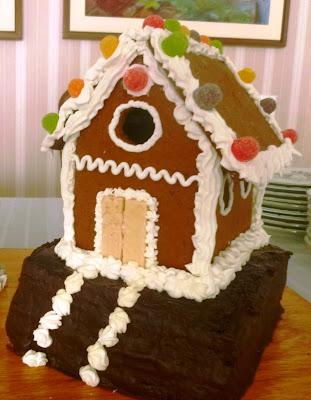 Casa de biscoito e confeitos.