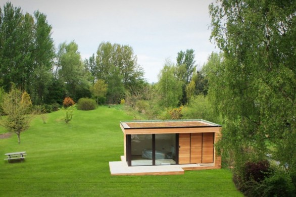 Luxury garden sheds ~ Nomis