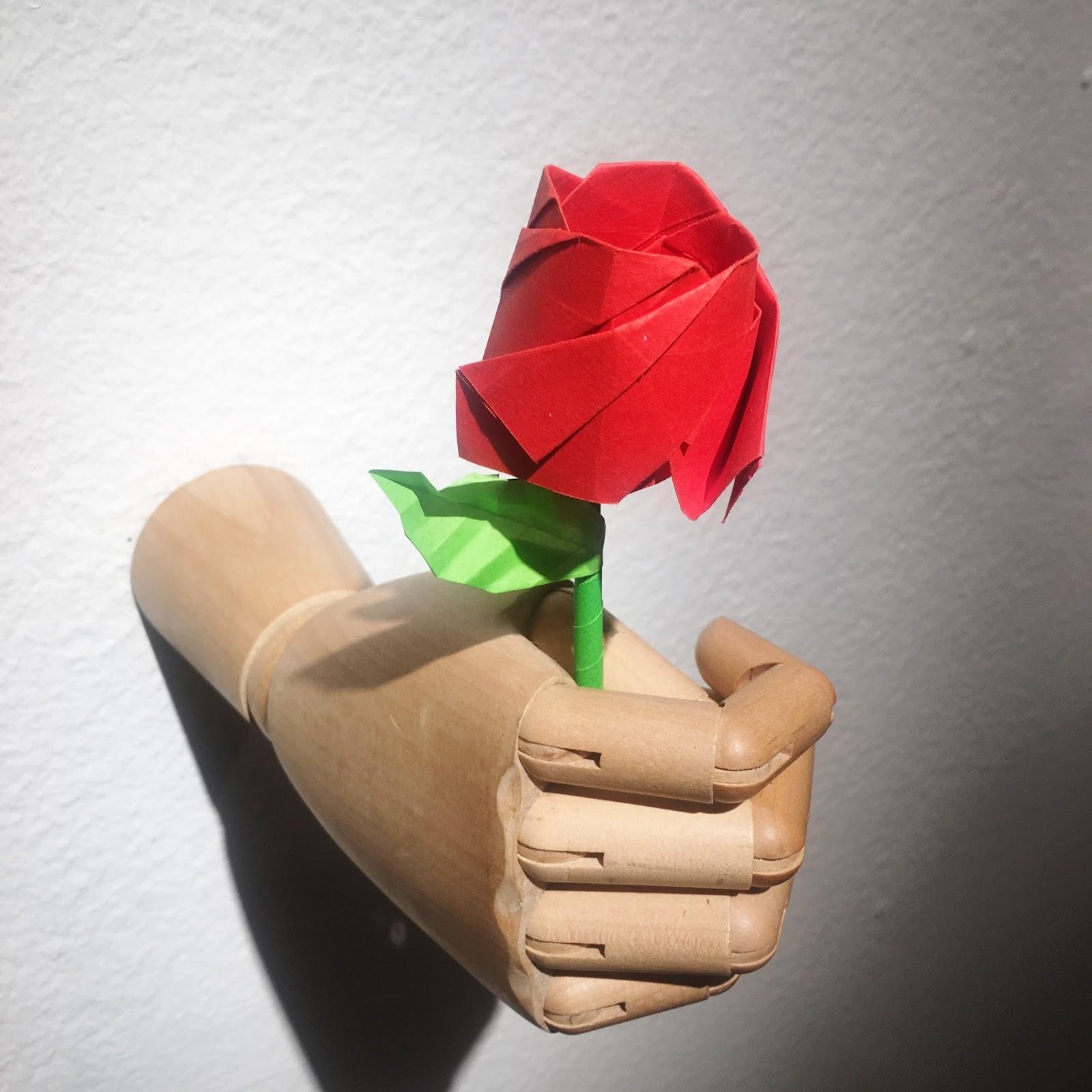 Origami Rosa de Papel Ana Sofía Casaverde