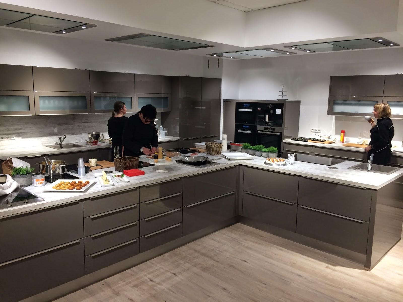 Nach Mehrmonatiger Bauphase Durften Wir Jetzt In Die Neuen Räumlichkeiten  Unseres Partners In Celle, Dem Dortigen Möbelhaus Wallach Einziehen.