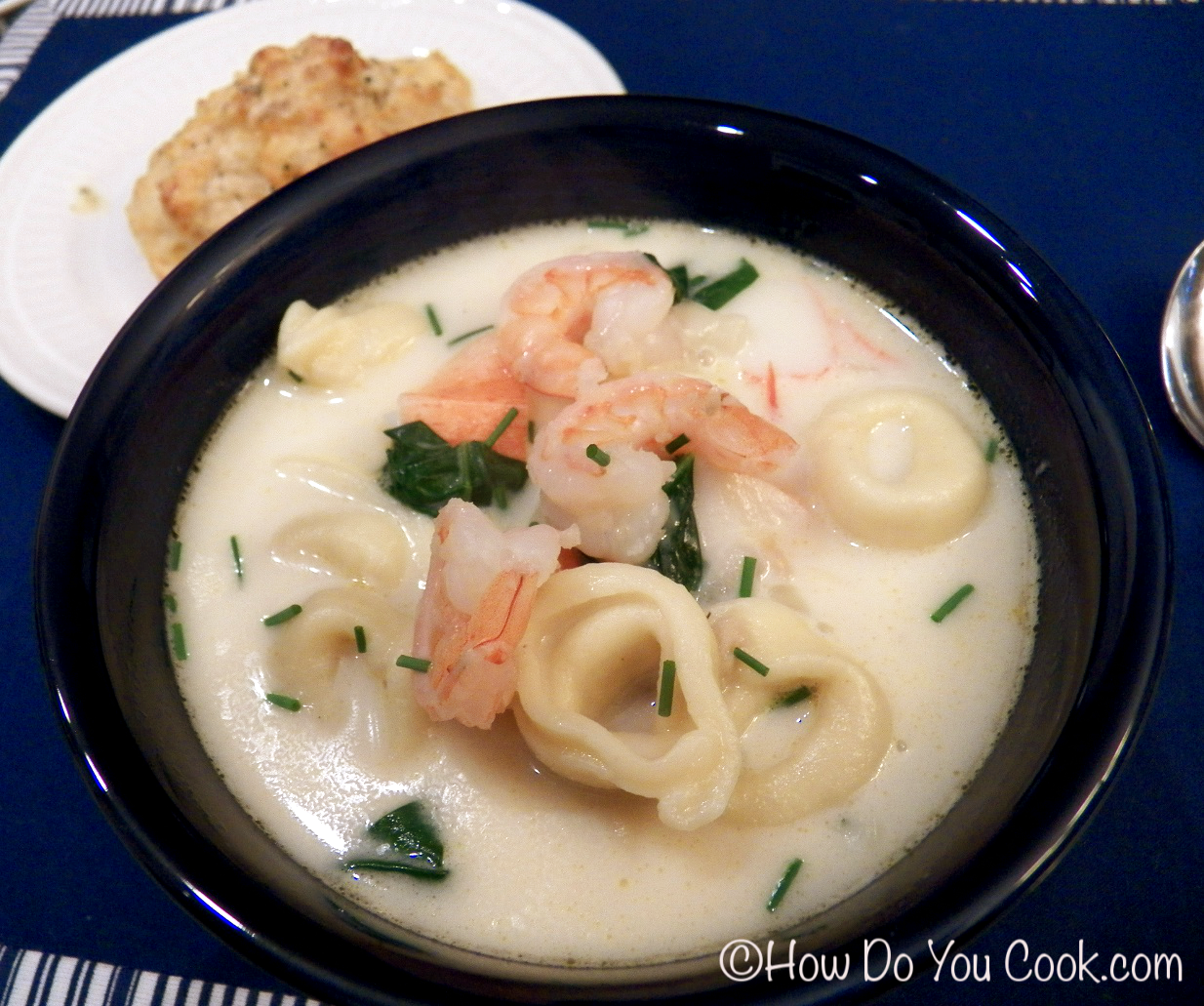 How do you seafood soup with tortellini for Fish and shrimp soup