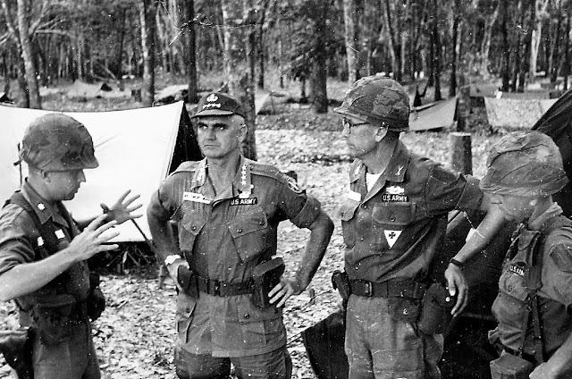 Ulrike Meinhof y la Fraccion del Ejercio Rojo Vietnam+10