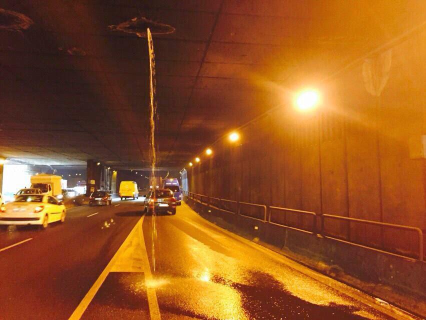filtraciones de agua cierren el tunel julio luengo