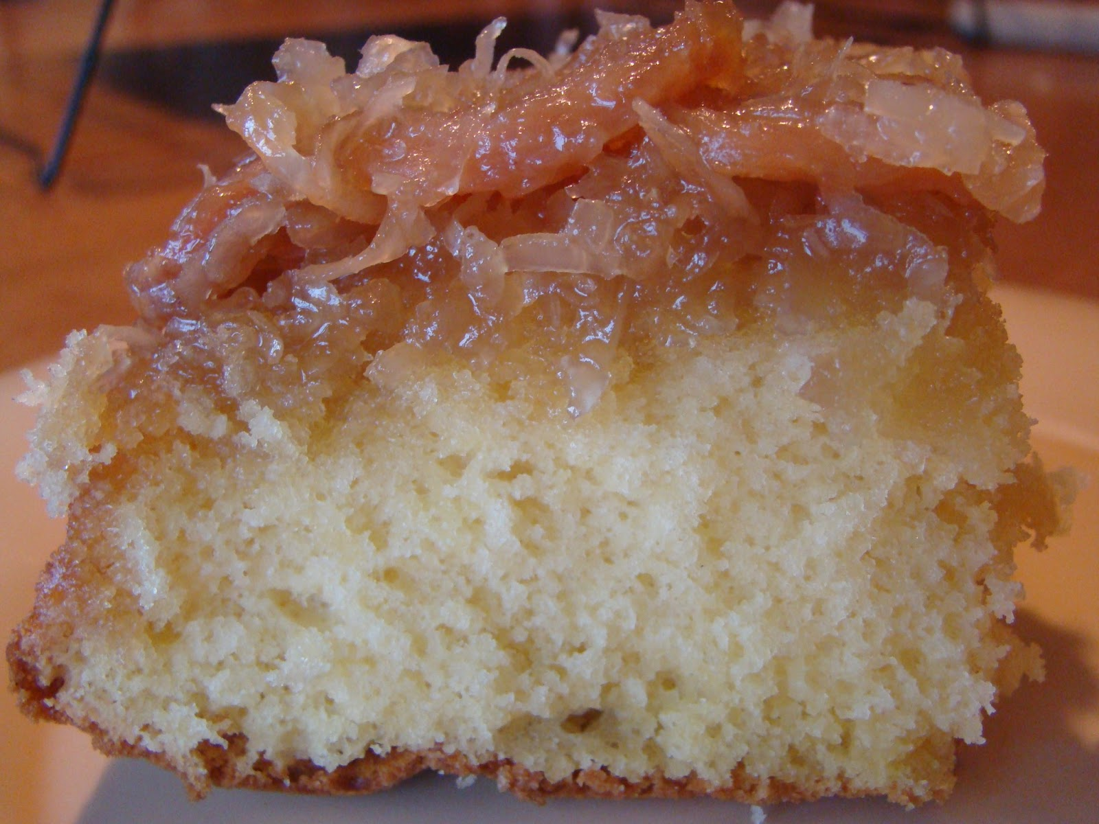 HoneyBeeHive: Banana Coconut Upside Down Cake