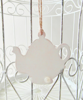Shabby Chic tea pot decoration by Laura Ann for Random Button