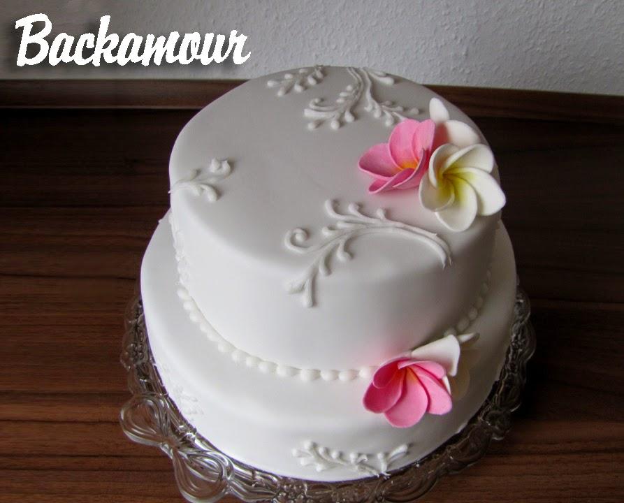 Backamour Die Susse Seite Hochzeitstorte Mit Frangipani