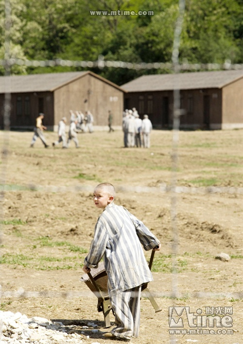 the boy in the striped pajamas posted by miko at 9 03 am no comments