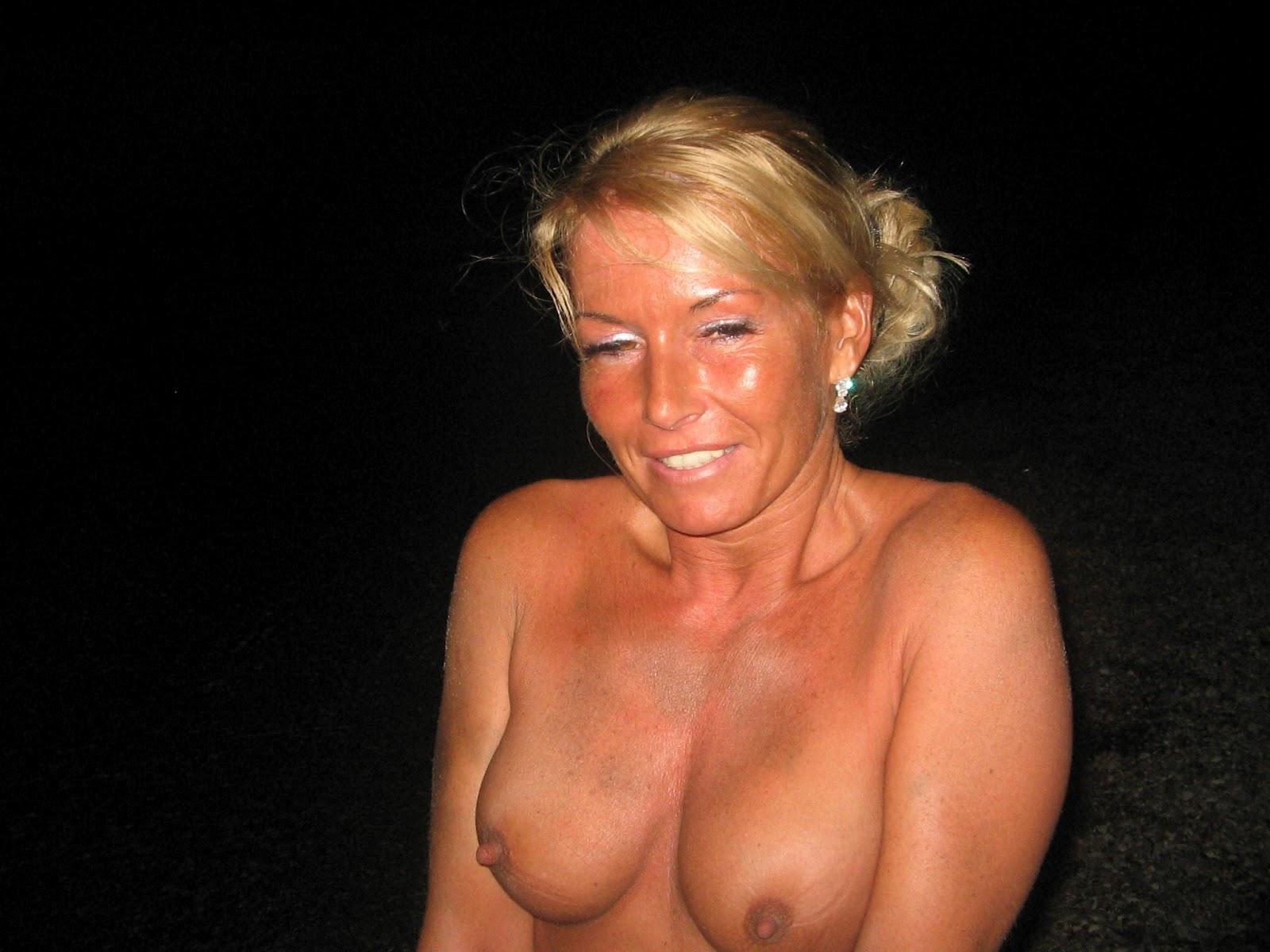 Sofia Milos Nude