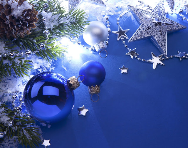 merry christmas Blue ball wallpaper hd