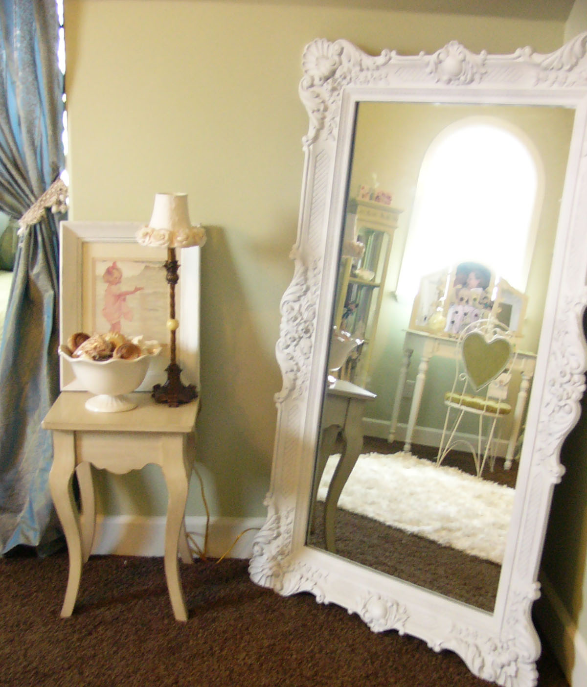 Mirror Decorating Ideas Extraordinary Of Oversized Shabby Chic Mirror Image
