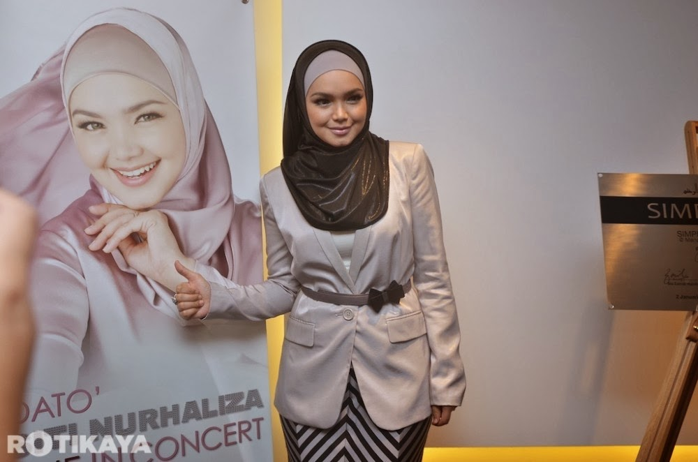 Dato' Siti Nurhaliza Rancang Senarai SimplySiti Ke Bursa Malaysia
