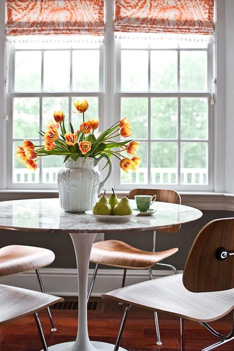 refresheddesigns spotlight on e Saarinen tulip table