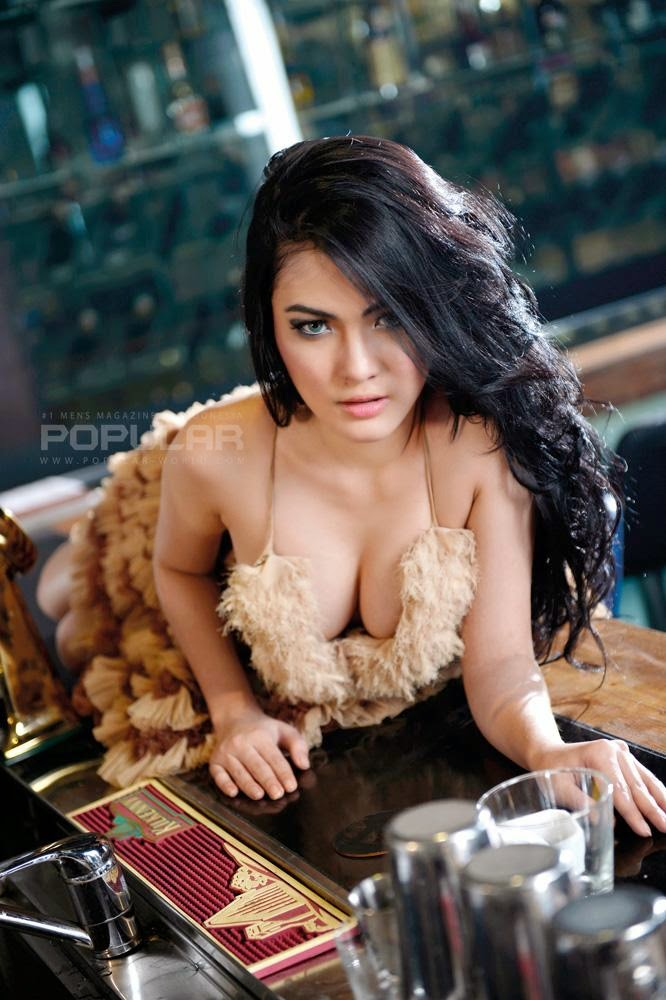 Foto Nisa Beiby Model Majalah Popular