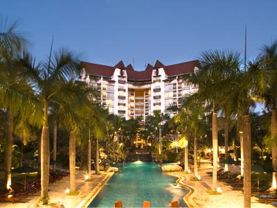 Alamat Telepon Tarif Hotel Novotel Surabaya