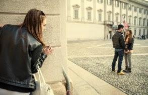 5 Cara Ampuh Agar Tidak Baper saat Ketemu Mantan