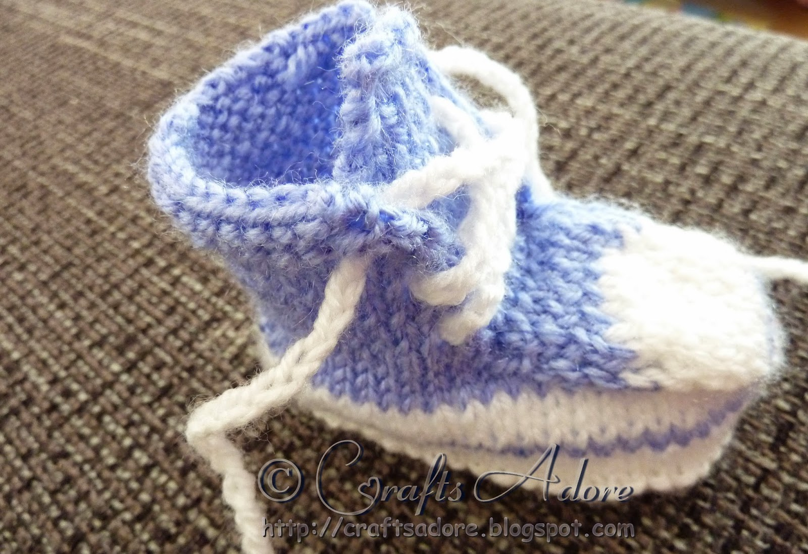 CraftsAdore: Knitted Baby Boy Converse Booties