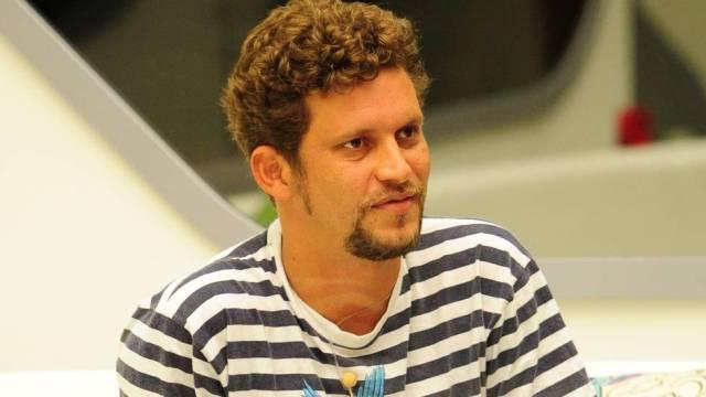 Aslan foi eliminado com 79% dos votos no paredão da noite de terça-feira (Foto: Reprodução/TV Globo)