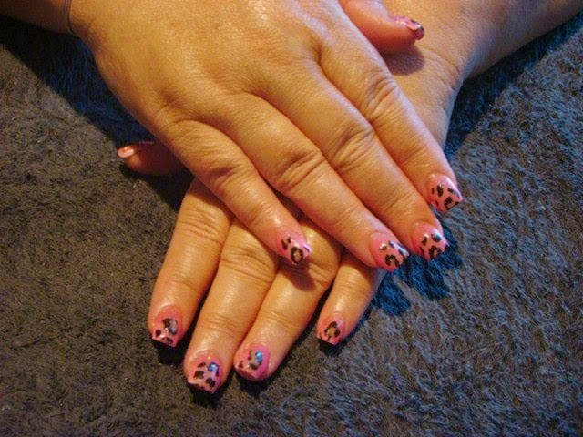 Mylar foil leopard print  LED polish manicure $30 (WITH NAIL ART)