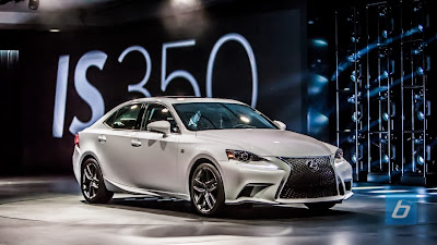 Crowd - 2014 Lexus IS F Sport model commercial