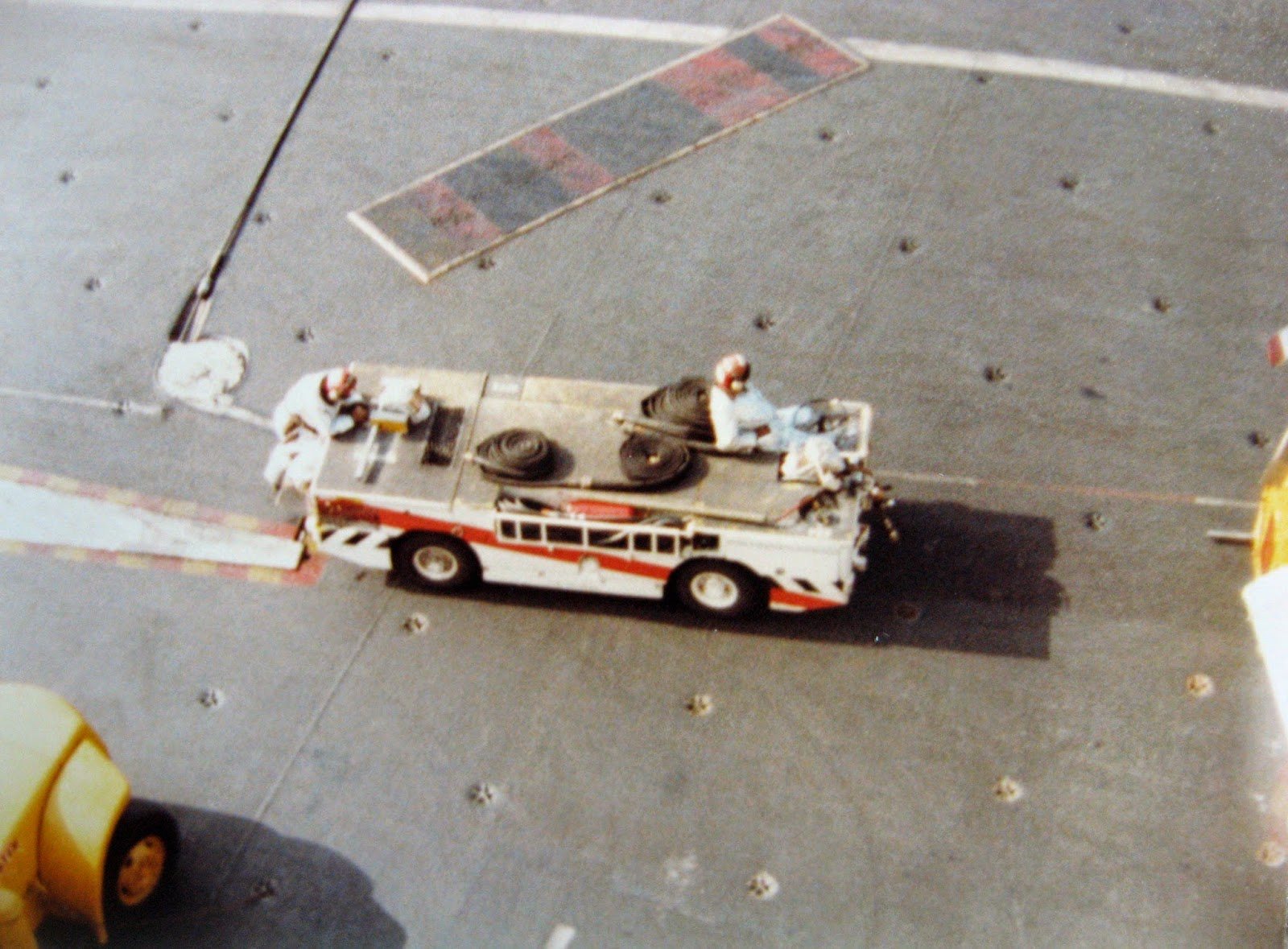 Crash 'n Salvage vehicle Nimitz flight deck 1982/83