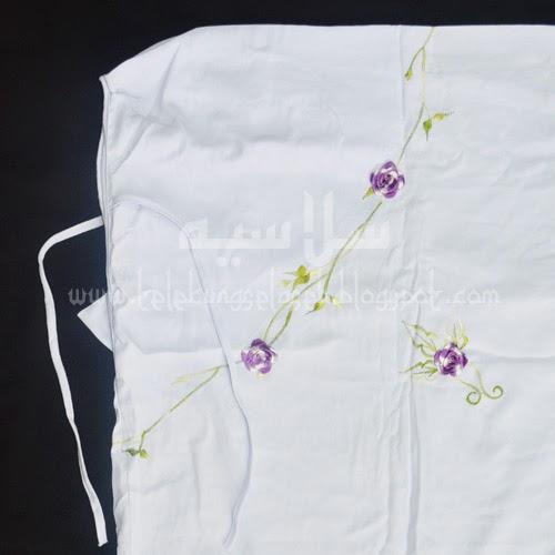 Telekung Vietnam bunga ungu lavender-putih / daun hijau-kuning bahagian muka