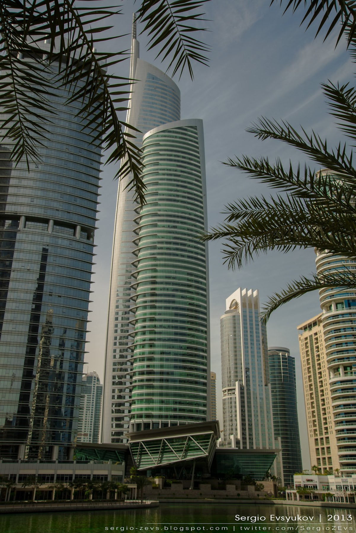 Пальмы, Jumeirah Lakes Towers, Dubailand
