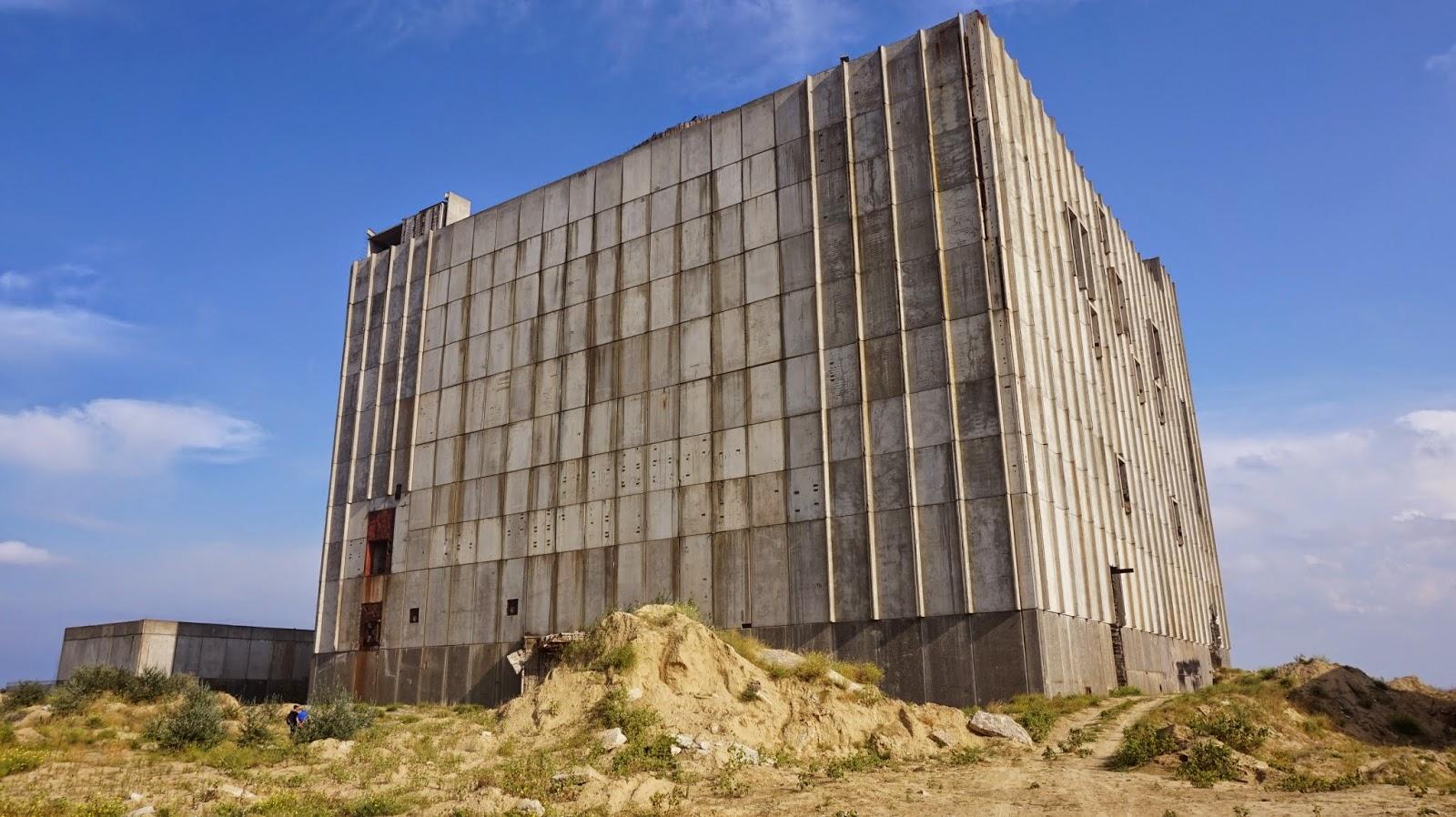 Заброшенная Крымская АЭС в Щелкино