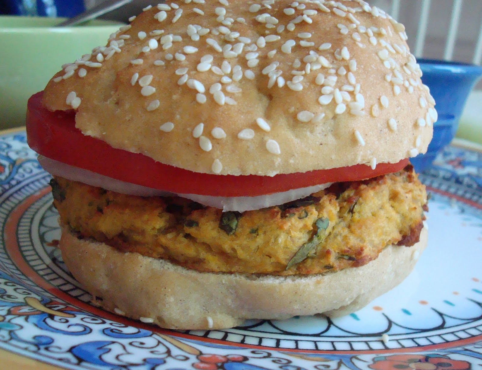 chacha's gluten free kitchen: Meatless Monday – Falafel Burgers