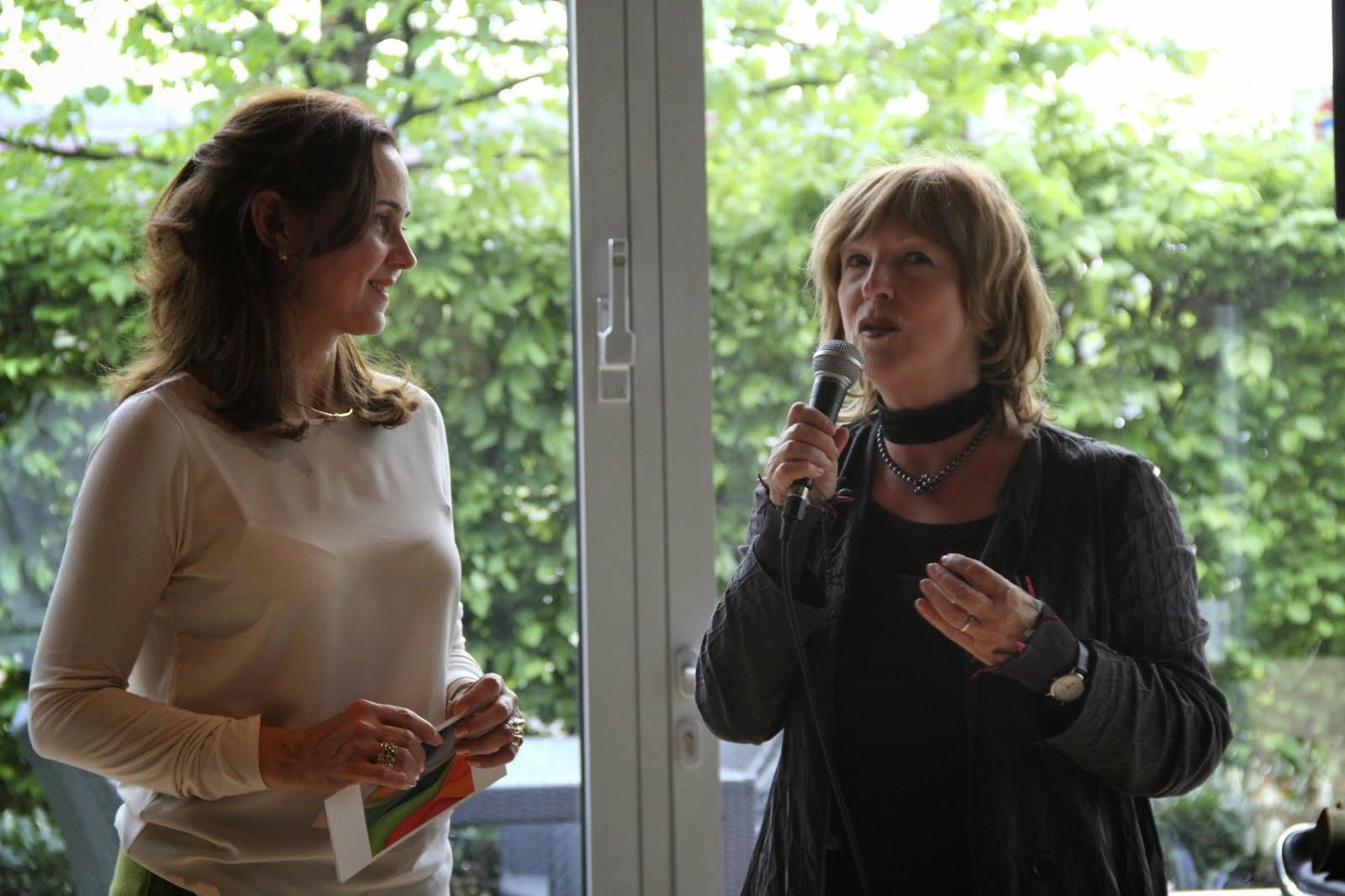 """Vernissage """"Klang des Lebens"""" Begrüßung Frau Angela Spizig, Bürgermeisterin der Stadt Köln"""