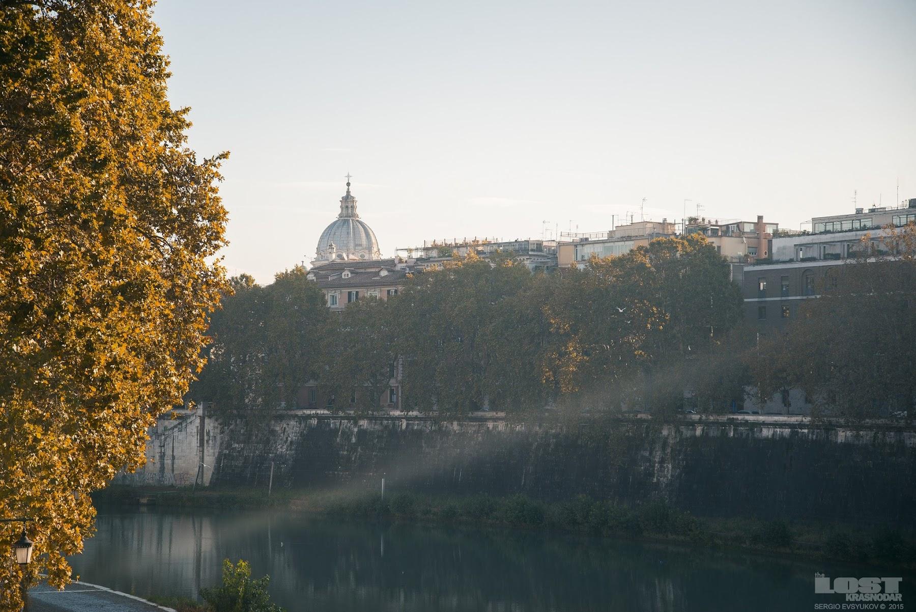Река в Риме