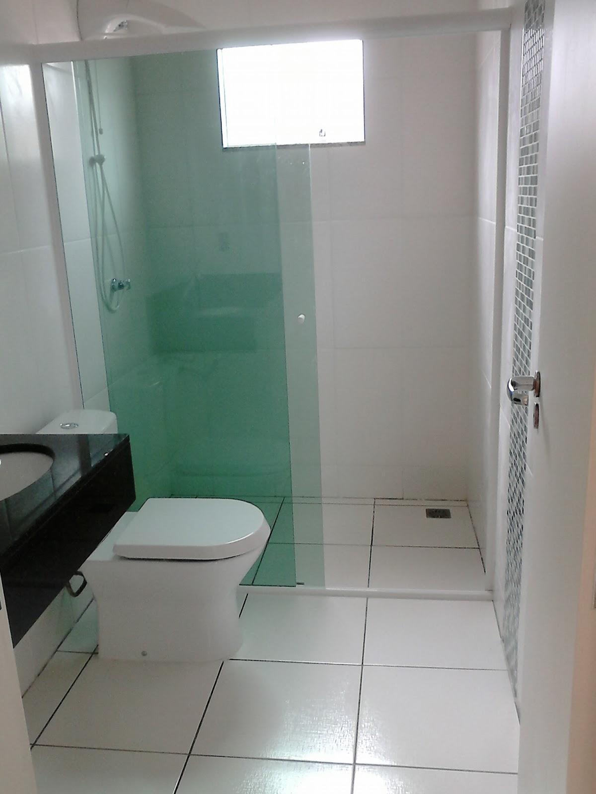 Odisseia Habitacional: Banheiros prontos e limpos #34614D 1200 1600