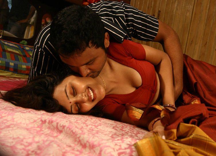 tamil actress kamapichachi images
