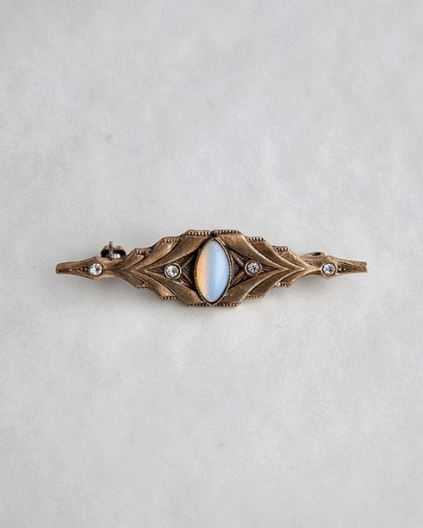 Art Deco Brooch #1920s #jewelry #deco #brooch #opal