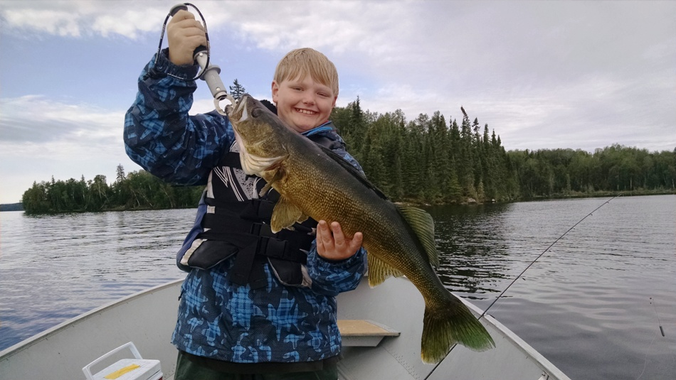 Bow narrows camp blog on red lake ontario 39 the bite 39 and for Red lake ontario fishing